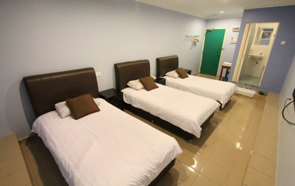 Triple Single Room (3 Pax)