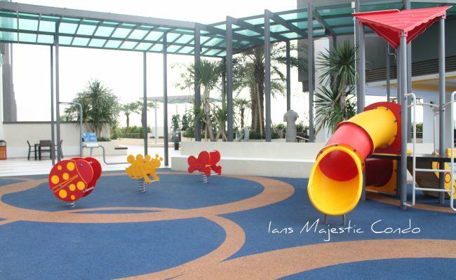 Kids majestic-condo-playground