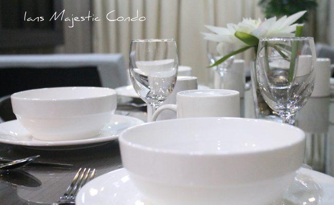 majestic-condo-dining