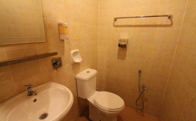 Deluxe-Single-Bathroom